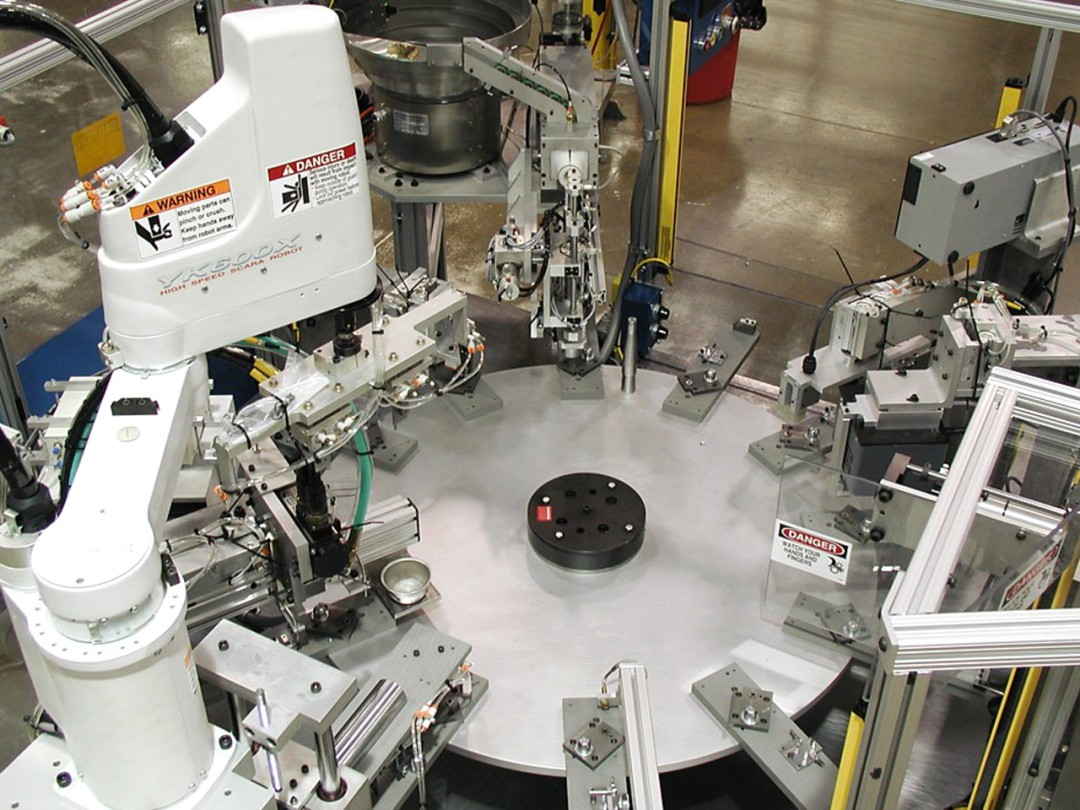 Dial table based robot applications